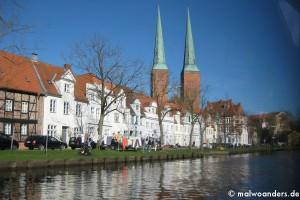 Lübeck aus der Luft und zu Wasser